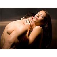Bật mí bí quyết tăng ham muốn tình dục cho nữ giới